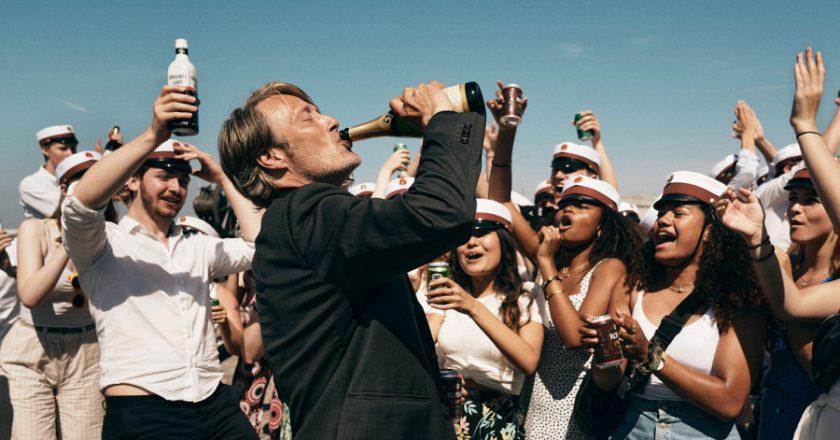 Another Round – Mads Mikkelsen betrinkt sich im Trailer zum neuen Vinterberg-Film